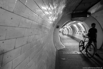 Greenwich Foot Tunnel London | im Fußgängertunnel unterhalb der Themse nach Greenwich, London