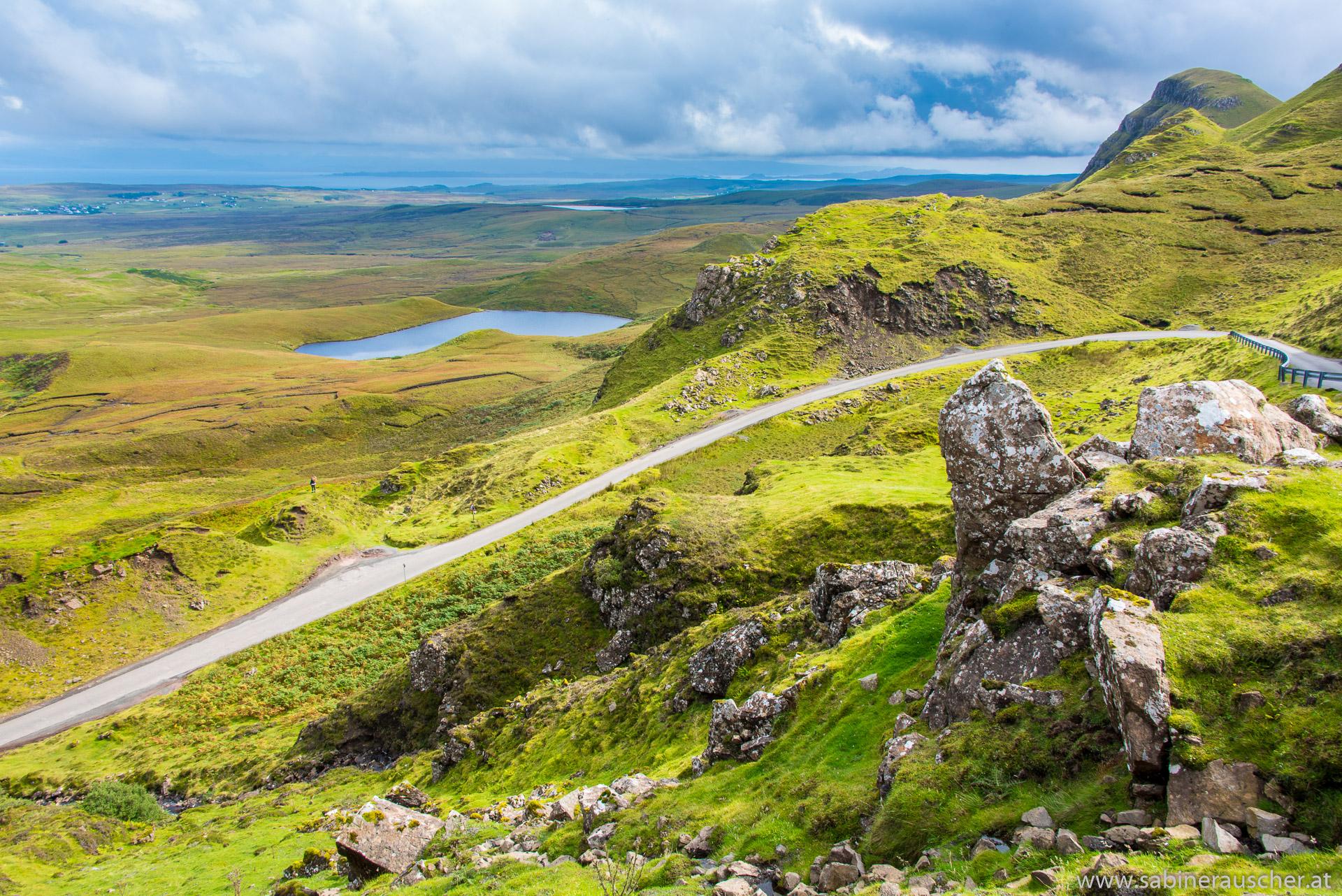 the Quiraing on Isle of Skye   berühmter Bereich auf der Isle of Skye - The Quiraing