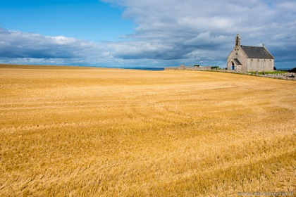 Church of Boarhills in Scotland near St. Andrews   Kirche von Boarhills bei St. Andrews in Schottland