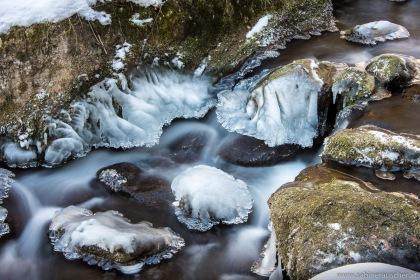 frozen parts in winter at Myra Waterfalls in Lower Austria   Winter bei den Myrafällen in Niederösterreich