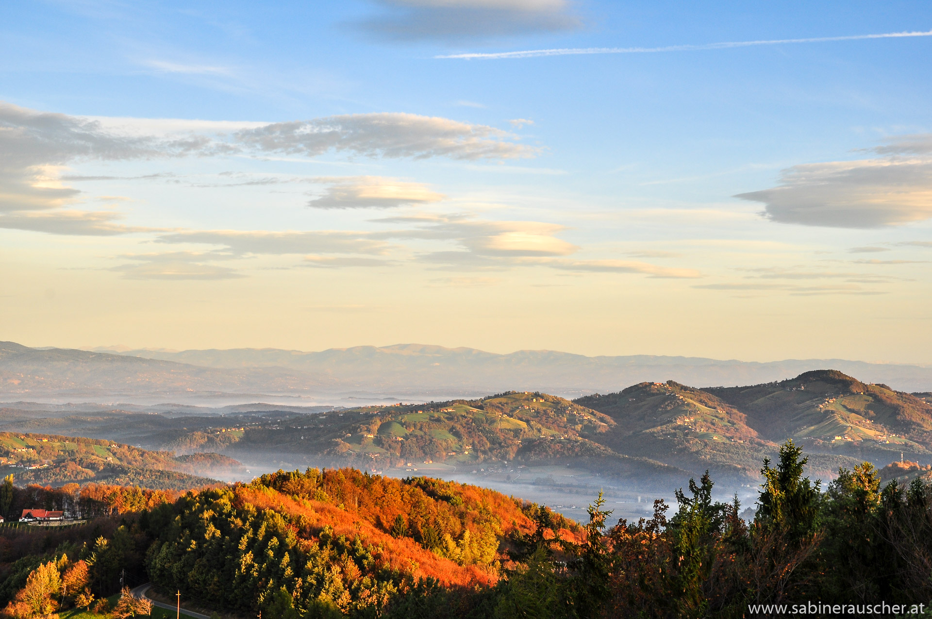 glowing hills of South Styria   glühende Hügellandschaft, Südsteiermark