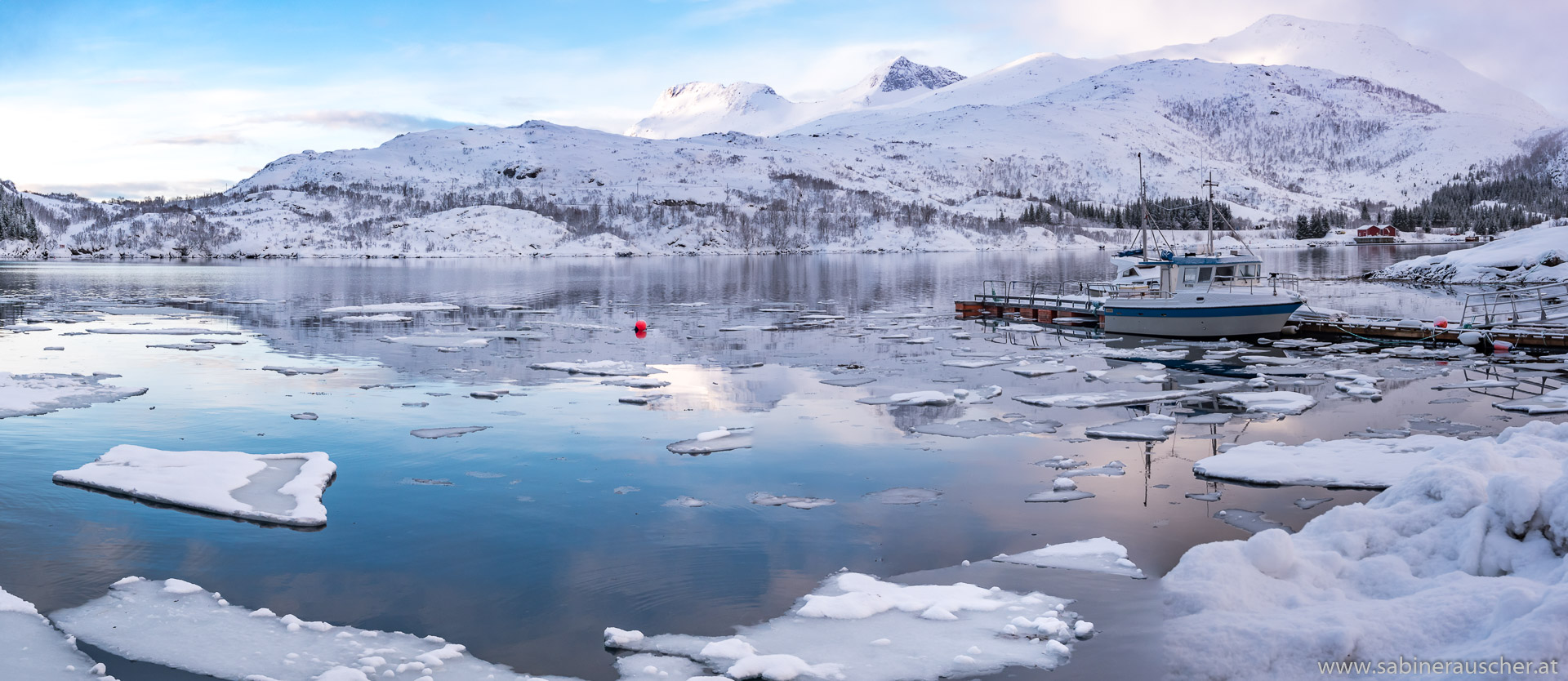 the Fjord of Sildpollnes | am Fjord von Sildpollnes