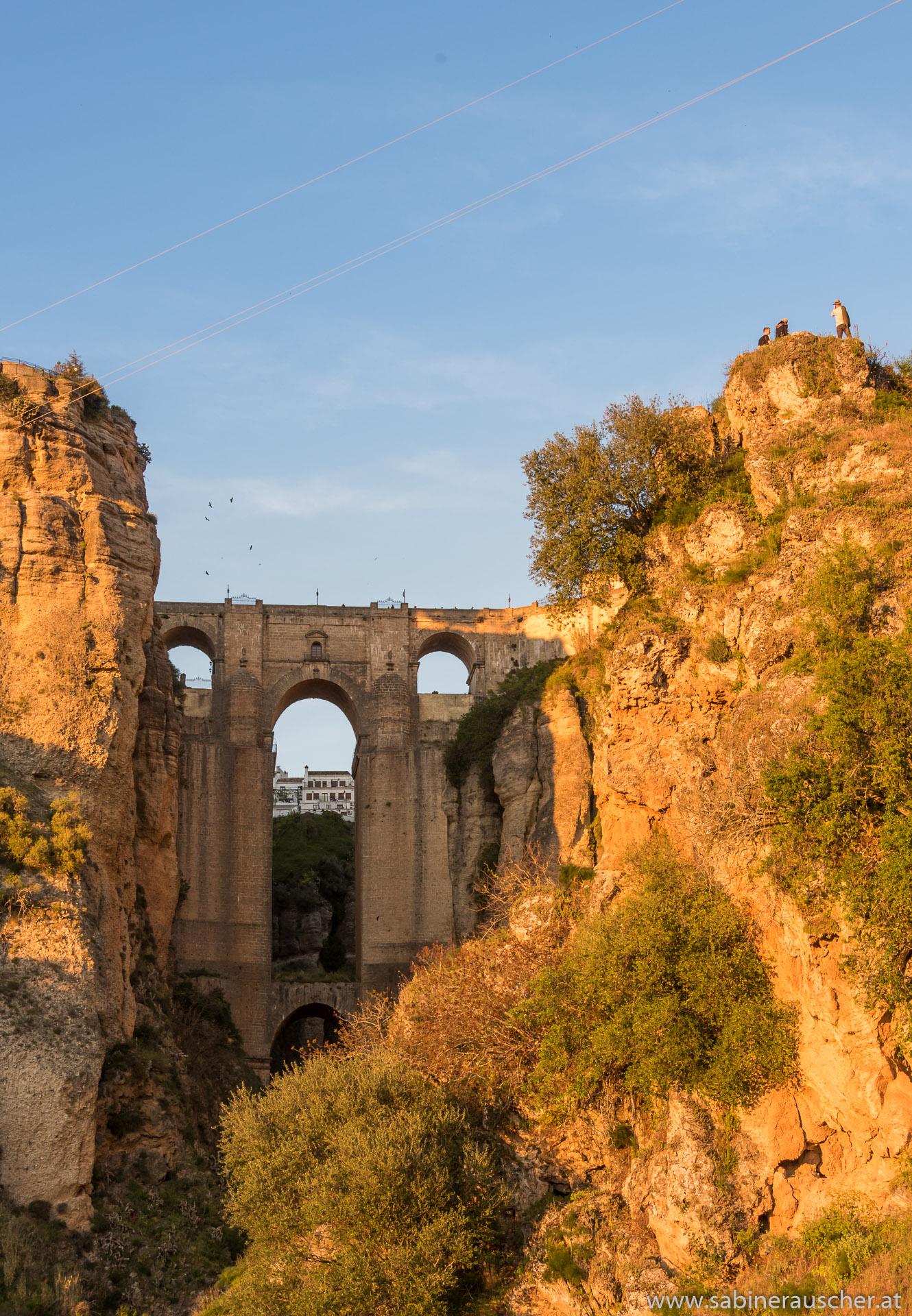 the famous bridge of Ronda | die berühmte Brücke über der Schlucht von Ronda