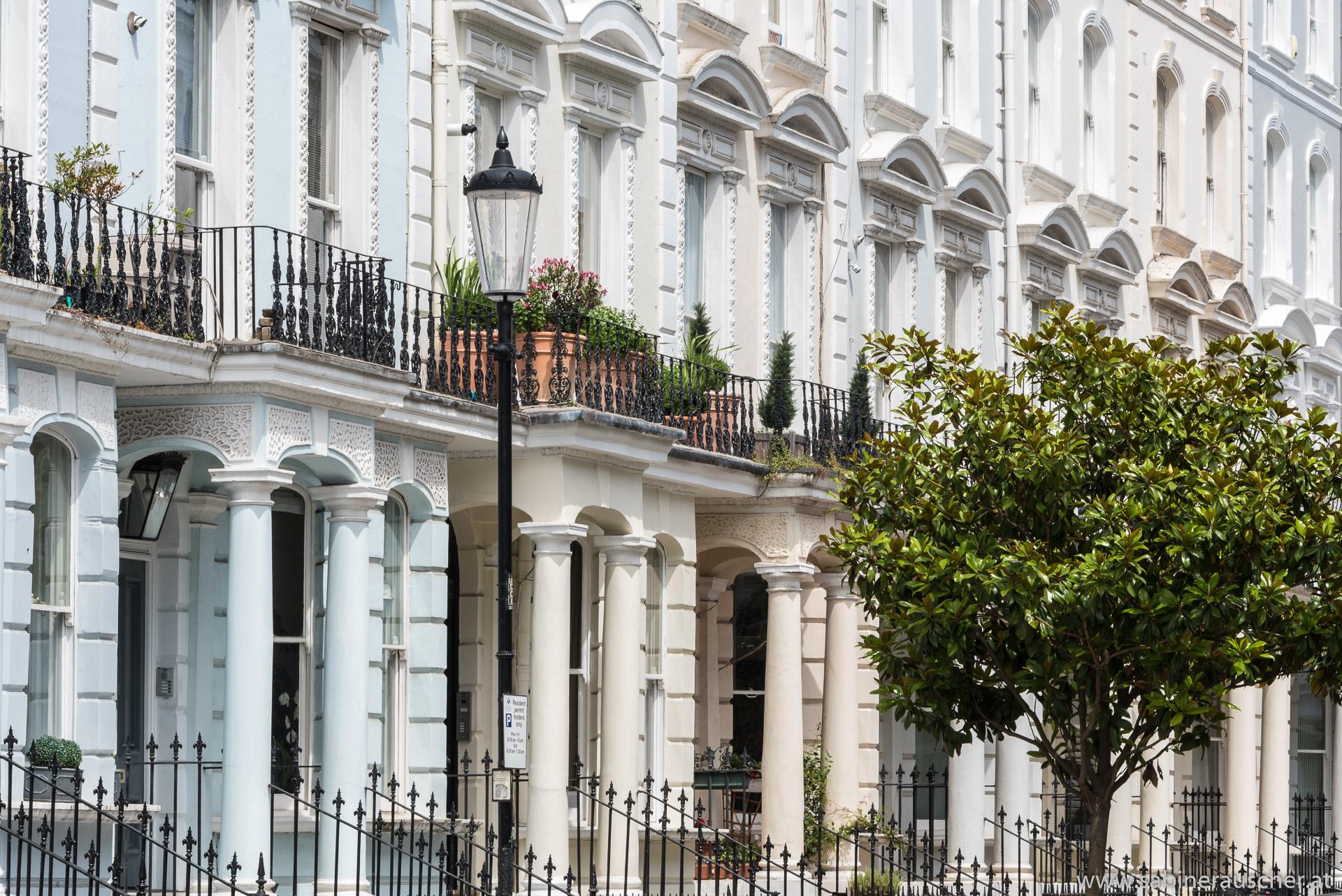 typical street in Notting Hill | typische Häuserzeile in Notting Hill