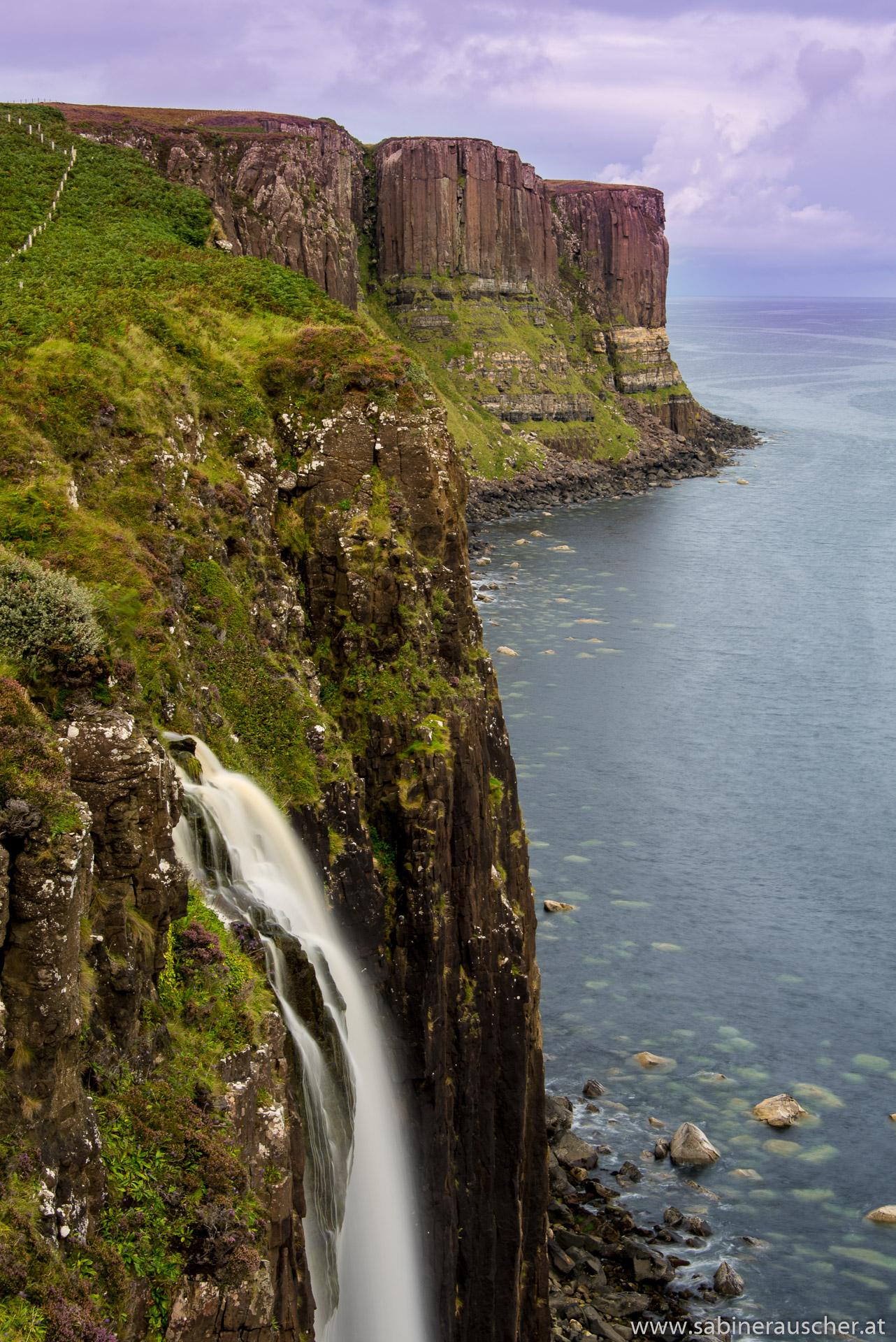 Waterfall at Kilt Rock, Isle of Skye | Wasserfall am Kilt Rock