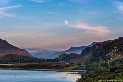 rising moon over Loch Ewe near Inverasdale, Isle of Skye | Mondaufgang über Loch Ewe nahe Inverasdale