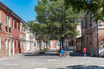 Venice - Murano, start to play soccer at a young age | Venedig - früh übt sich wer vielleicht Nationalspieler werden will