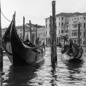 Venice - gondolas at Ponte di Rialto | Venedig - Gondeln nahe der Rialtobrücke